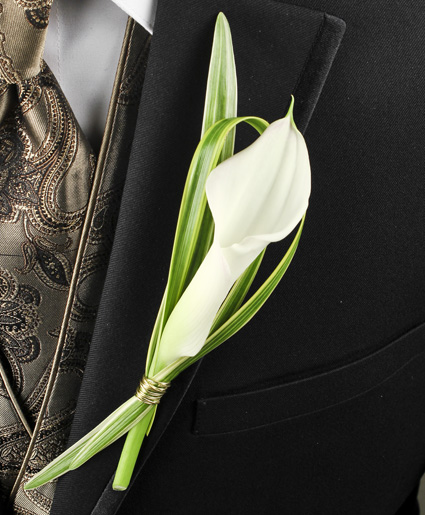 This boutonniere is simple, yet elegant with the calla lily.